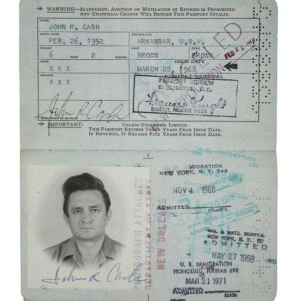 ünlülerin pasaport fotoğrafları (14)